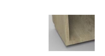 Forme de la pièce centrale en carré en bois.